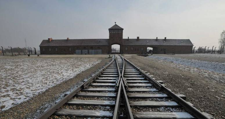 auschwitz-commemoration-2015