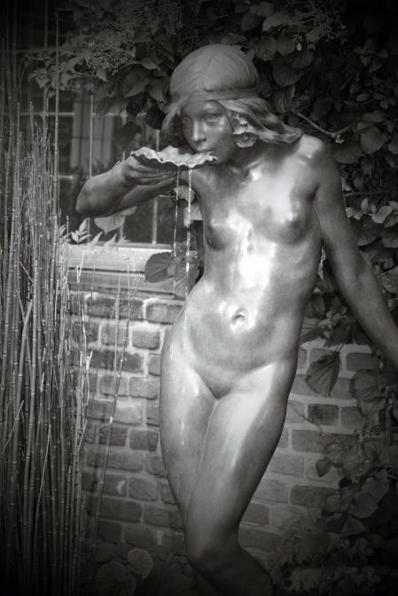 edward-mccartan-girl-drinking-from-a-shell-1915-2-adj