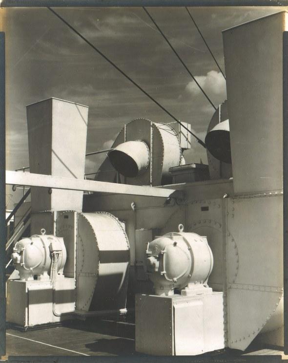 u-upper-deck