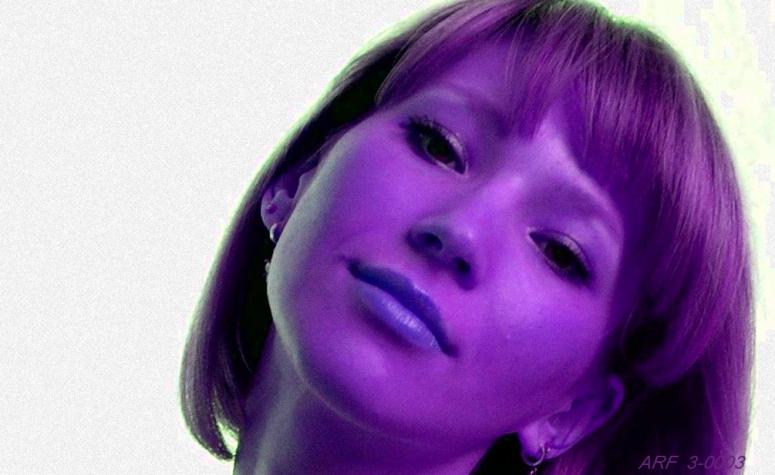 ArF_0003 ret2 Portrait 1b -violet