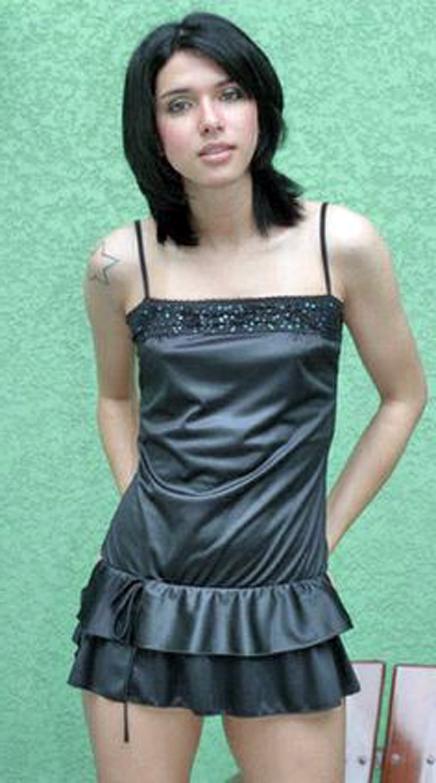 T-girl in black satin (adj_amp)